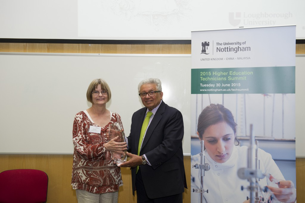 Lord Bhattacharyya presents Vicky Wilson with her Lifetime Achievement Award